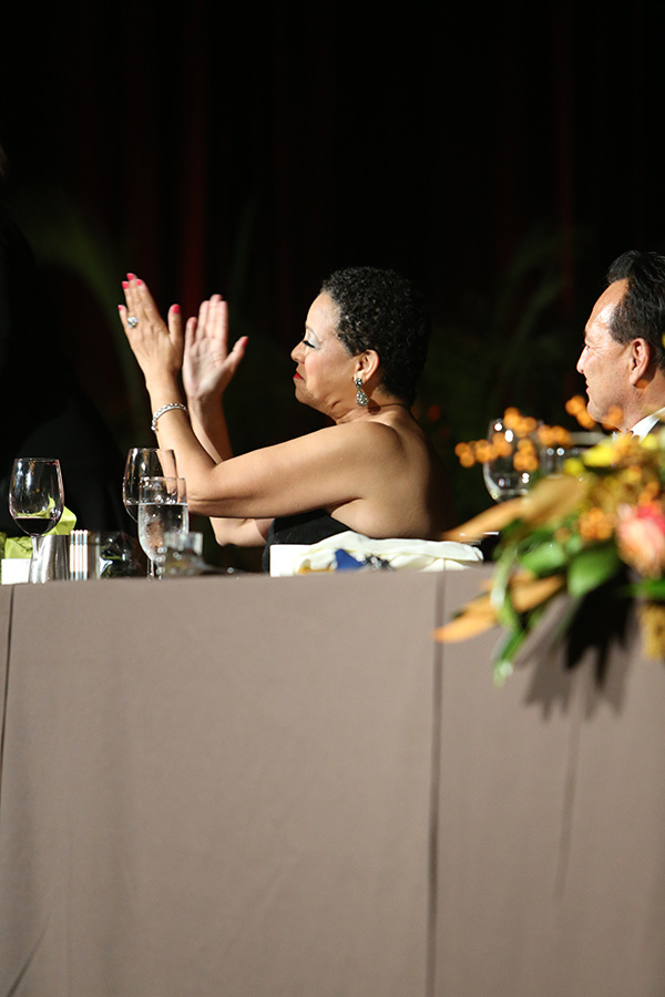 Joset Wright-Lacy applauds honorees at the 2015 NMSDC Awards Banquet