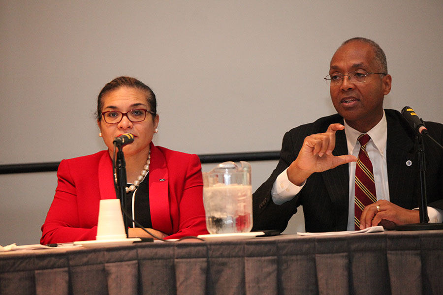 Panelists Carla Preston (Ford Motor Company) and Reginald Layton (Johnson Controls) at the Achieving Excellence through NMSDC Best Practices Workshop