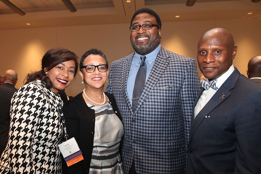 Joset Wright-Lacy (NMSDC) with attendees at the National MED Week Award Ceremony