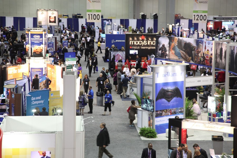 Attendees hit the Business Opportunity Fair floor to check out the 770 exhibitor booths.
